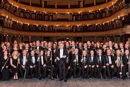 """""""Жива класика"""" - проект Національної опери України та Модного будинку Voronin"""