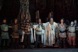 До уваги артистів хору! Національна опера України оголошує конкурс на заміщення вакантних посад