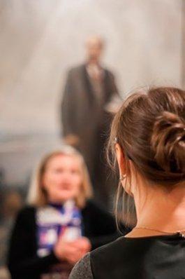 Національна опера України оголошує конкурс на заміщення вакантної посади асистента режисера