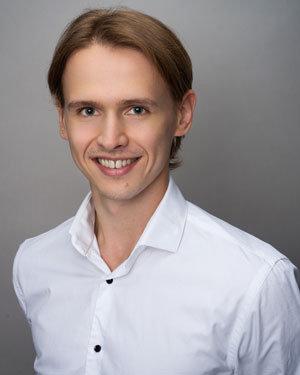 РОМАЩЕНКО  Владислав
