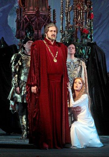 Іоланта - Тамара Калінкіна, Король Рене - Сергій Ковнір. Фото В. Давиденка.