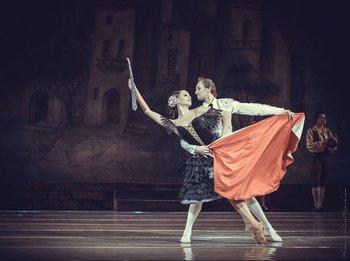 Вулична танцівниця – Юлія Москаленко, Еспадо – Олександр Шаповал. Фото О. Орлової.
